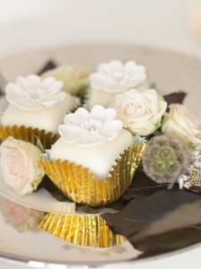 Blossom fondant fancies