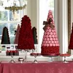 Valentine's red rose dessert table