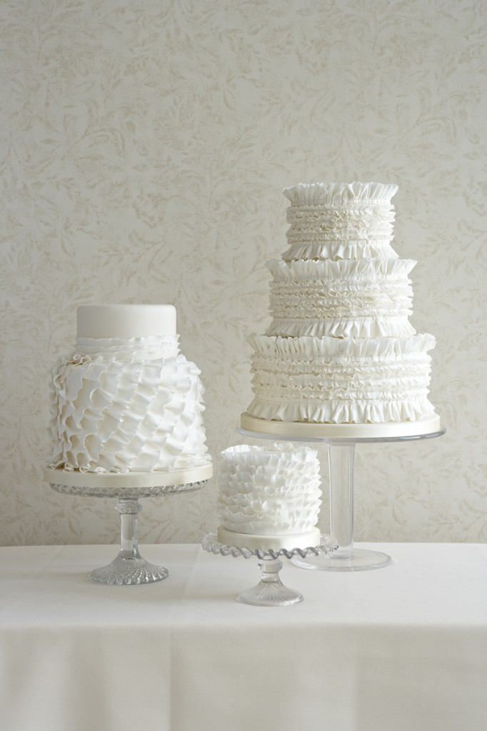 ruffle wedding cakes sunshine coast