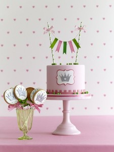 Princess and the pea theme cake