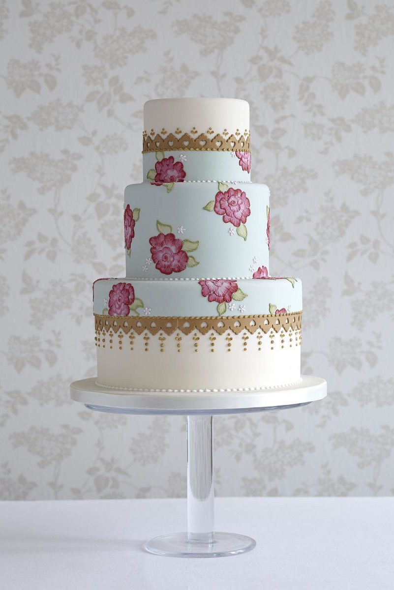 Wedding cake with brush embroidered roses