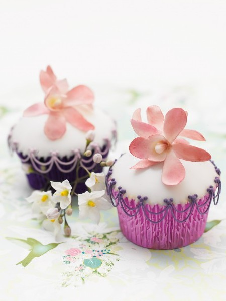 Orchid cupcakes