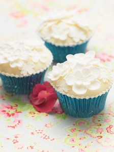 Floral lace cupcakes
