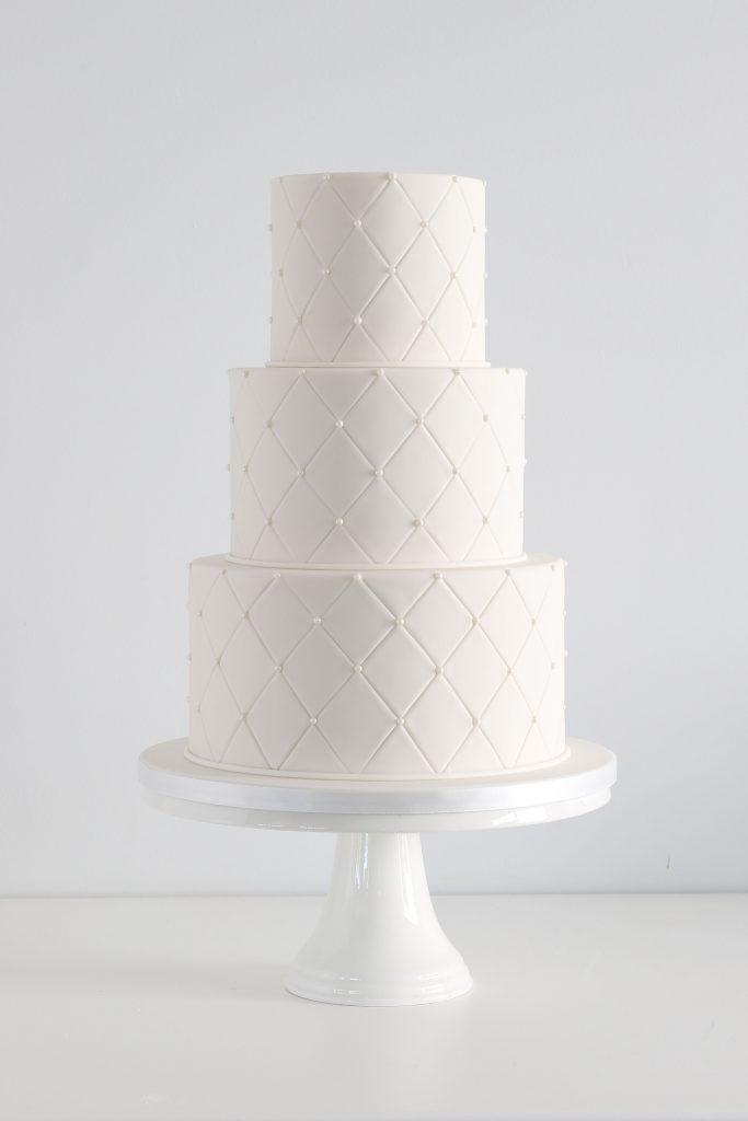 Wedding cake with a Criss-cross pattern