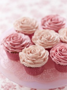 Piped buttercream rose cupcakes