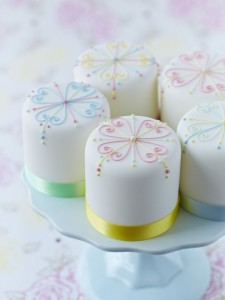classic piped miniature cakes