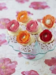 ranunculus cupcakes