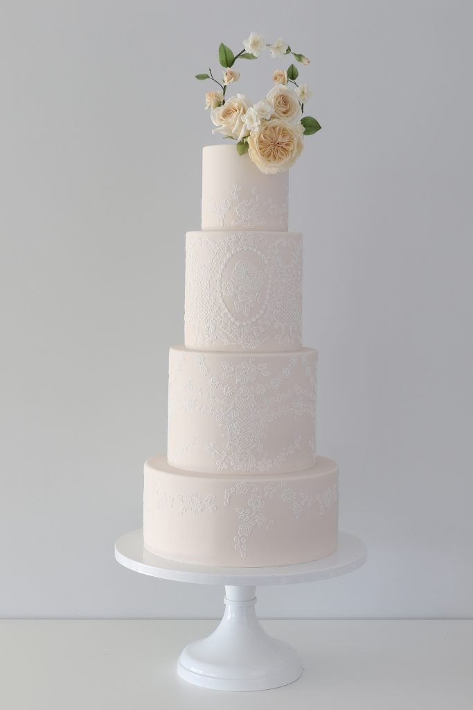 Willow Lace Wedding Cake