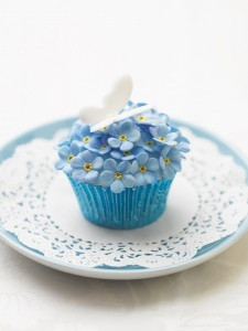 forget me knot cupcakes