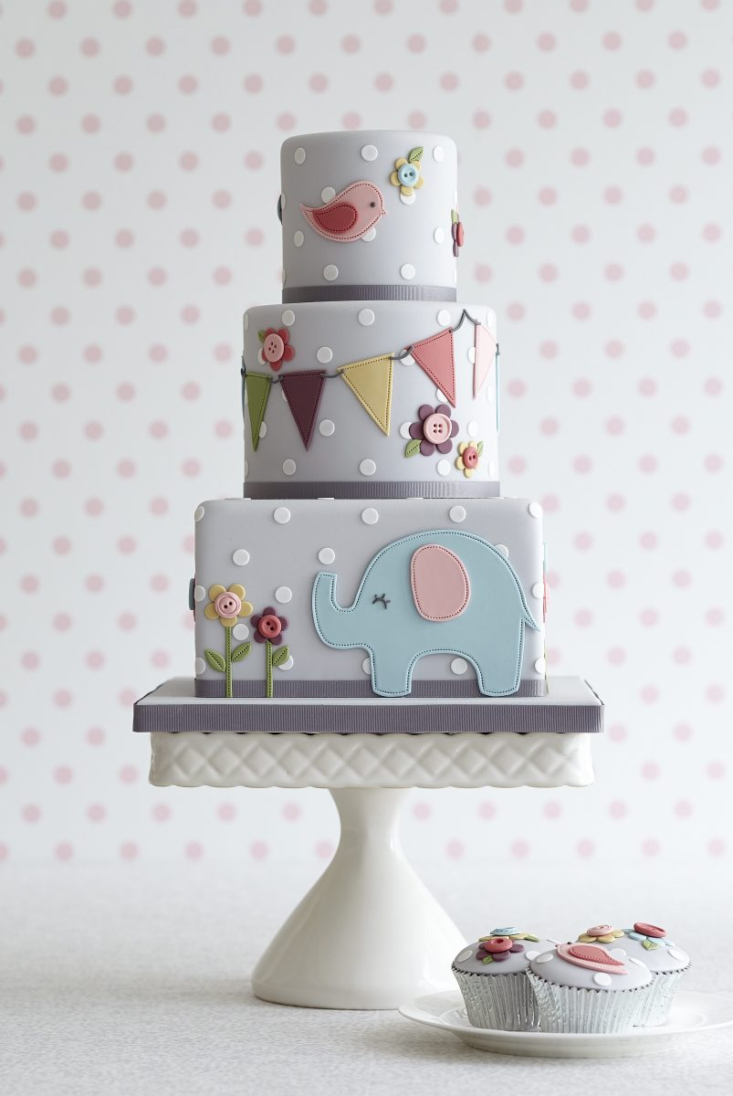 Cake Decorations Noosa : Zoe Clark Cakes - Wedding Cakes Sunshine Coast & Noosa