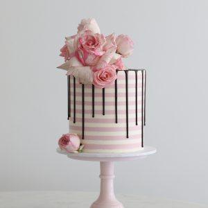 Stripy Buttercream cake